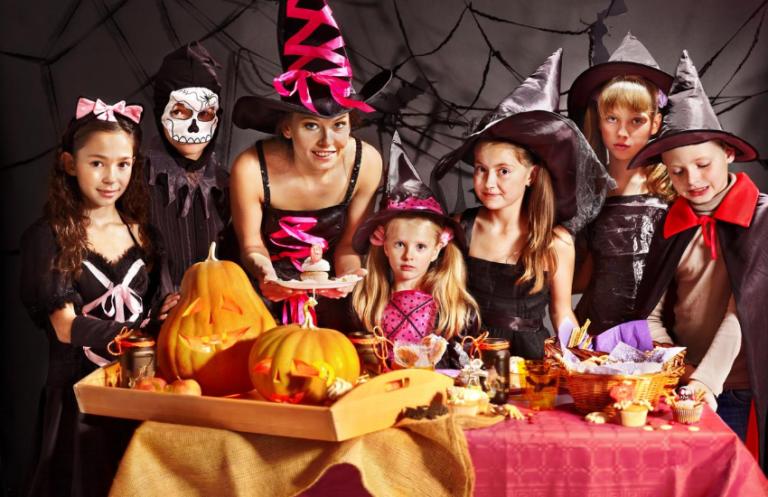 The Best Indoor Halloween Activities