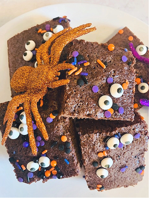 The Easiest Monster Brownies To Make This Halloween